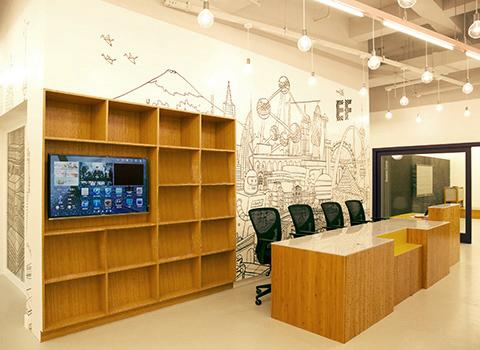 校区由著名设计师精心打造
