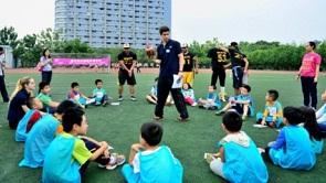 英孚青少儿英语之足球伴我成长